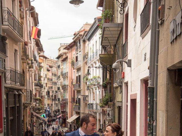 La boda de Iker y Ana en Pamplona, Navarra 27