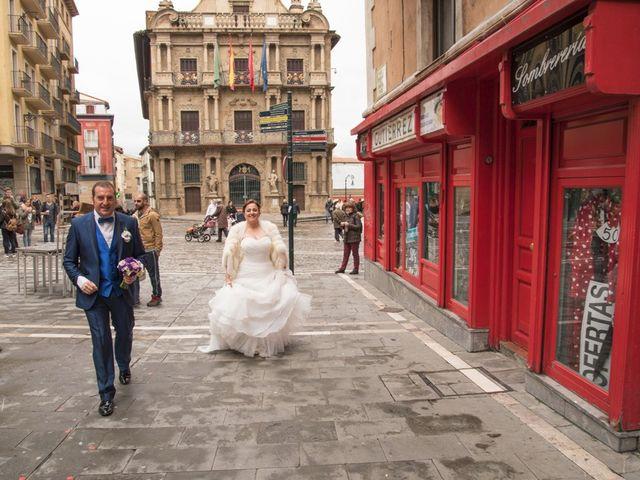 La boda de Iker y Ana en Pamplona, Navarra 29