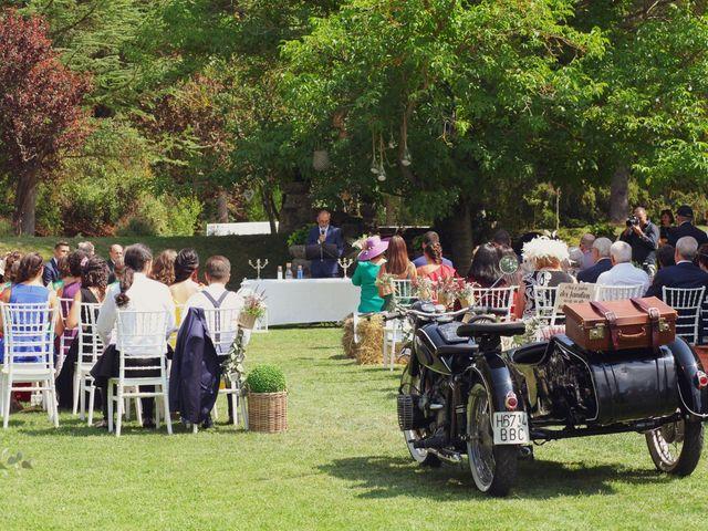 La boda de Carlos y Amaia en Ventas De Armentia, Burgos 52