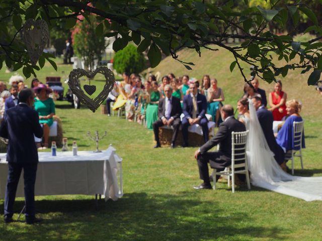 La boda de Carlos y Amaia en Ventas De Armentia, Burgos 54