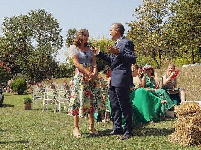 La boda de Carlos y Amaia en Ventas De Armentia, Burgos 64