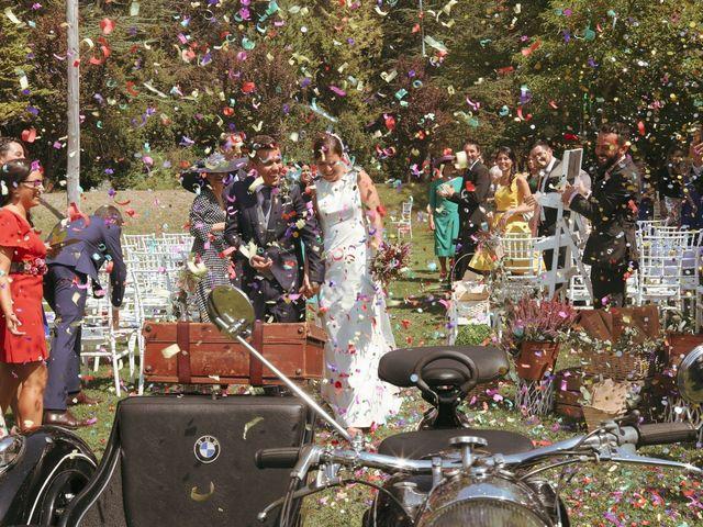 La boda de Carlos y Amaia en Ventas De Armentia, Burgos 78