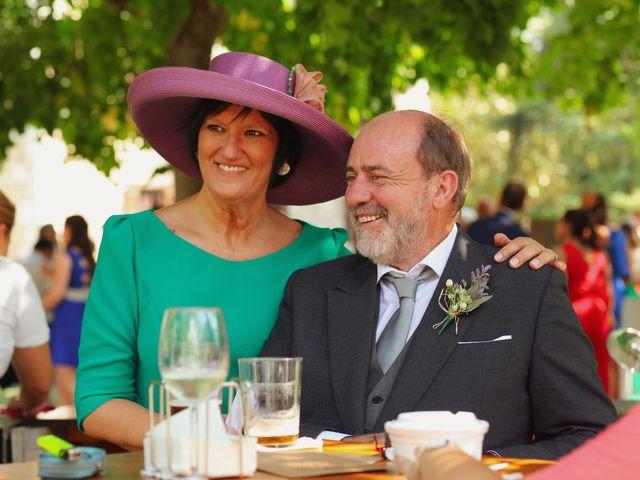 La boda de Carlos y Amaia en Ventas De Armentia, Burgos 98
