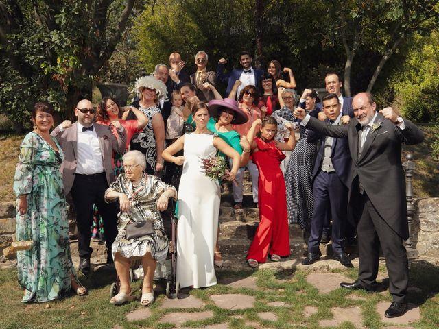 La boda de Carlos y Amaia en Ventas De Armentia, Burgos 105