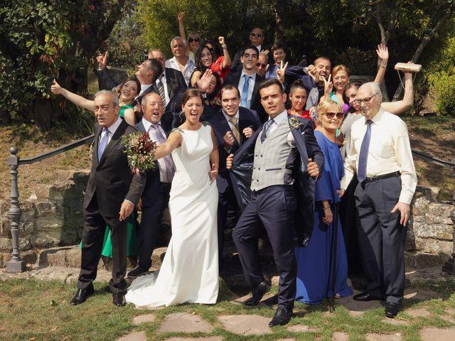 La boda de Carlos y Amaia en Ventas De Armentia, Burgos 107