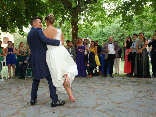 La boda de Carlos y Amaia en Ventas De Armentia, Burgos 139