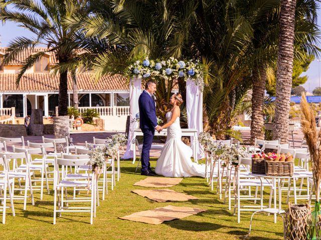 La boda de Domingo y Mar en Benidorm, Alicante 23