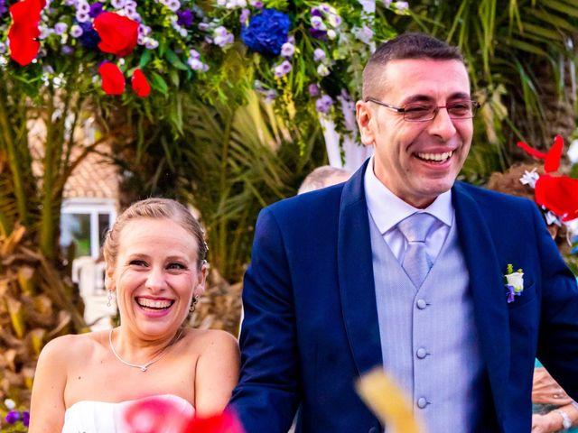 La boda de Domingo y Mar en Benidorm, Alicante 32