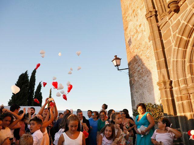 La boda de José Andrés y Inma en Nogales, Badajoz 84