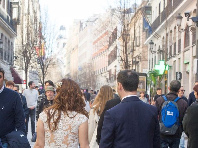 La boda de Javier y Ainhoa en Madrid, Madrid 8