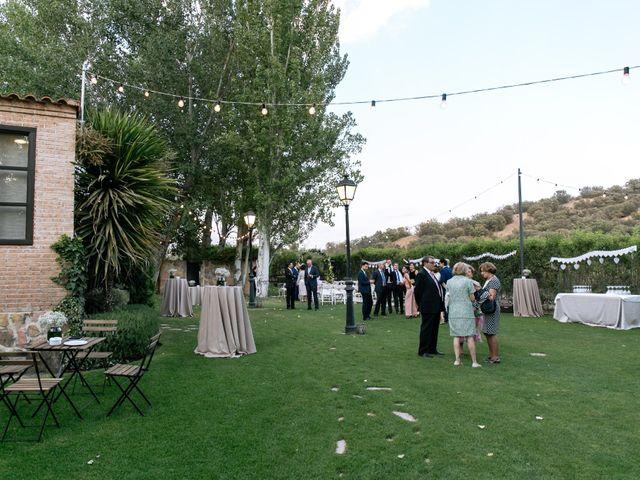 La boda de Javier y Josefa en El Molar, Madrid 17