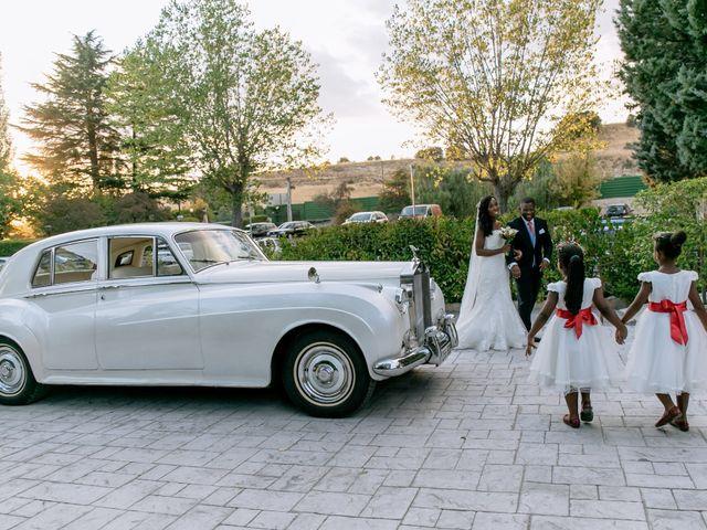 La boda de Javier y Josefa en El Molar, Madrid 22