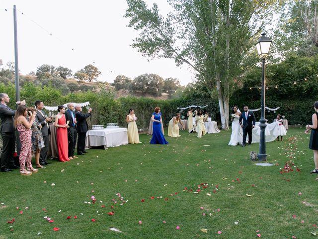 La boda de Javier y Josefa en El Molar, Madrid 23