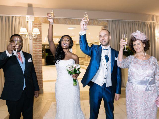 La boda de Javier y Josefa en El Molar, Madrid 52