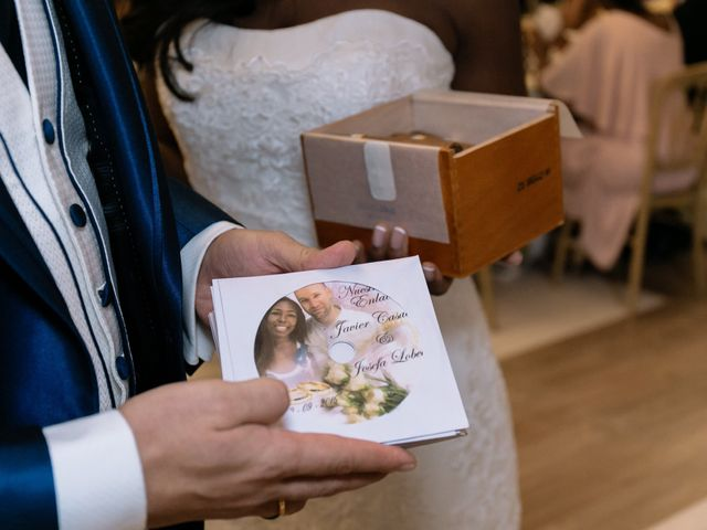 La boda de Javier y Josefa en El Molar, Madrid 56