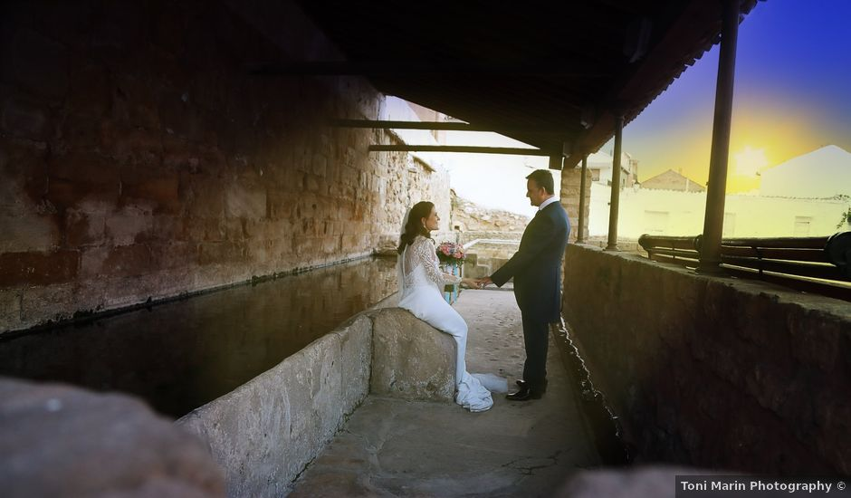 La boda de Felix y Estela en Santa Cruz De La Zarza, Toledo