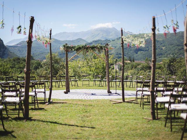 La boda de Igor y Tamara en Oviedo, Asturias 15