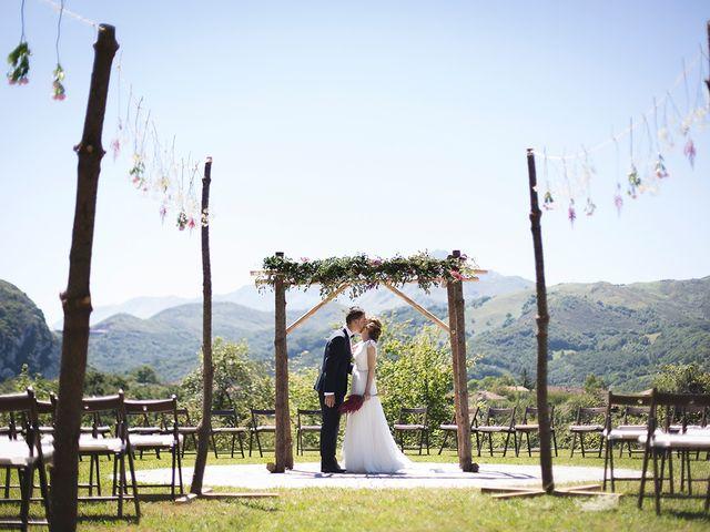 La boda de Igor y Tamara en Oviedo, Asturias 1
