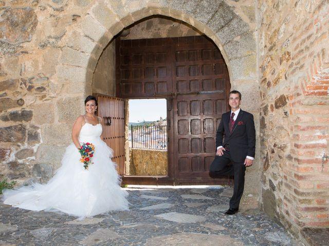 La boda de Juanma y Verónica en Segura De Leon, Badajoz 30