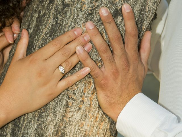 La boda de Javi y Issis en Torrent, Valencia 3
