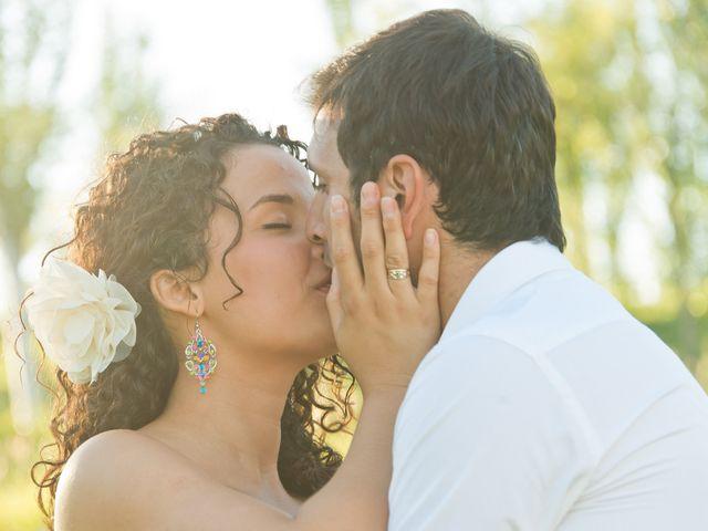 La boda de Javi y Issis en Torrent, Valencia 5