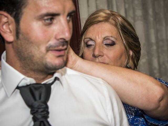 La boda de Javi y Issis en Torrent, Valencia 7