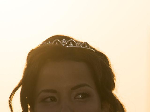 La boda de Javi y Issis en Torrent, Valencia 14