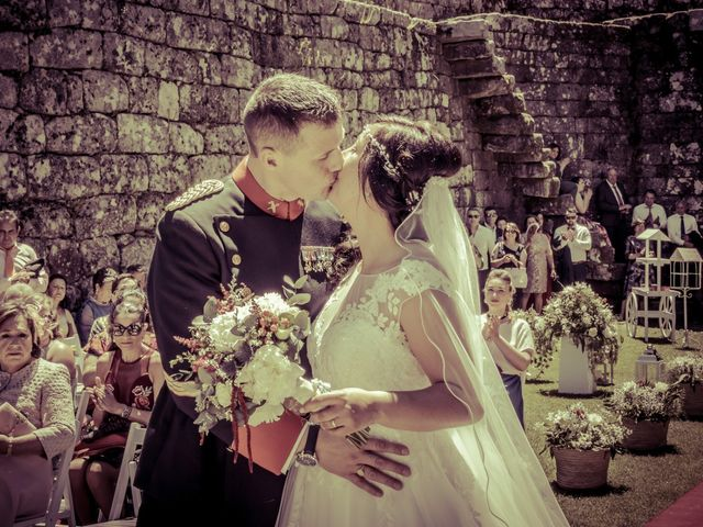 La boda de Miguel y Ana en Soutomaior, Pontevedra 14