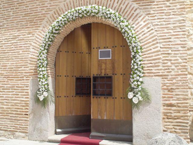 La boda de David y Silvia en Arevalo, Ávila 3