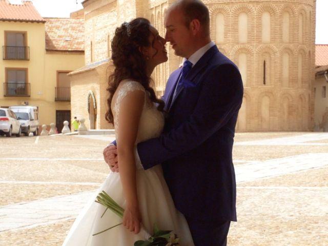 La boda de David y Silvia en Arevalo, Ávila 30
