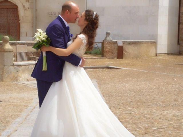 La boda de David y Silvia en Arevalo, Ávila 40