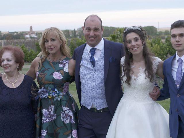 La boda de David y Silvia en Arevalo, Ávila 77