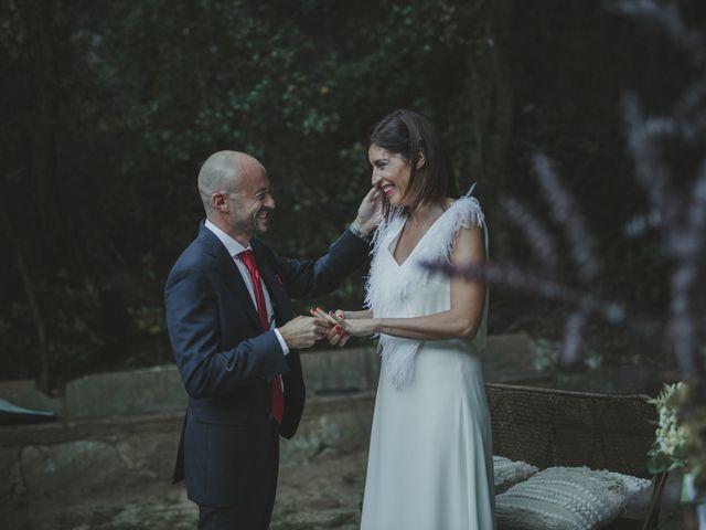 La boda de Lluís y Almudena en Mataró, Barcelona 23