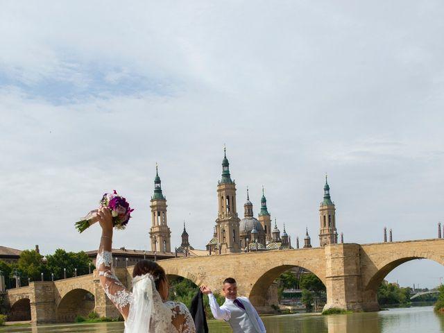 La boda de Ivan y Rebeca en Zaragoza, Zaragoza 11