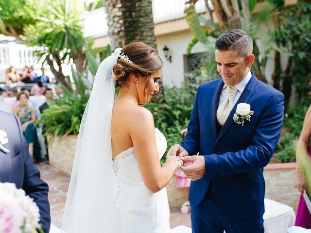 La boda de Fernado y Lorena en Alhaurin El Grande, Málaga 35