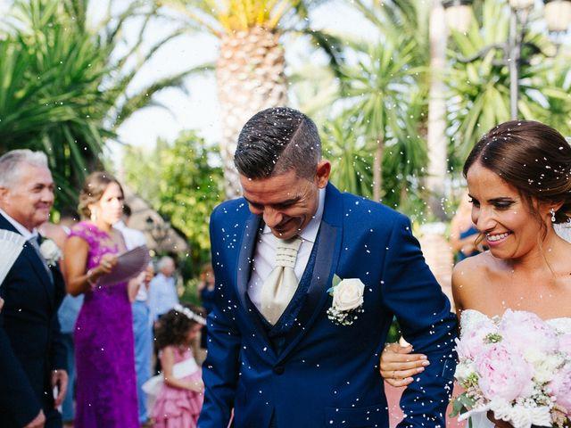 La boda de Fernado y Lorena en Alhaurin El Grande, Málaga 42