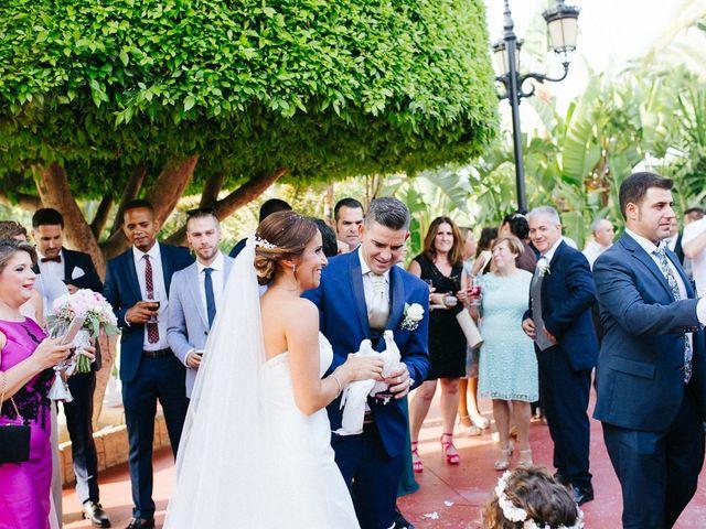 La boda de Fernado y Lorena en Alhaurin El Grande, Málaga 43