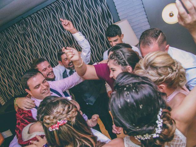 La boda de Alejandro y Leticia en Petrer, Alicante 33