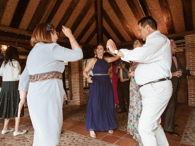 La boda de Adrián y Mónica en Pinilla Del Valle, Madrid 42