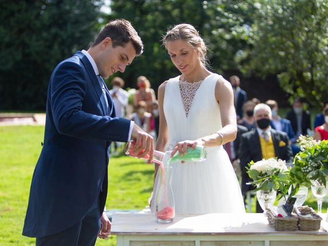 La boda de Daniel y Lorena en O Bidueiro (Ordes), A Coruña 15