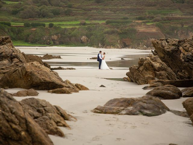 La boda de Daniel y Lorena en O Bidueiro (Ordes), A Coruña 43