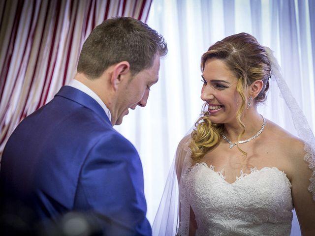 La boda de David y Cristina en Alcalá De Henares, Madrid 28