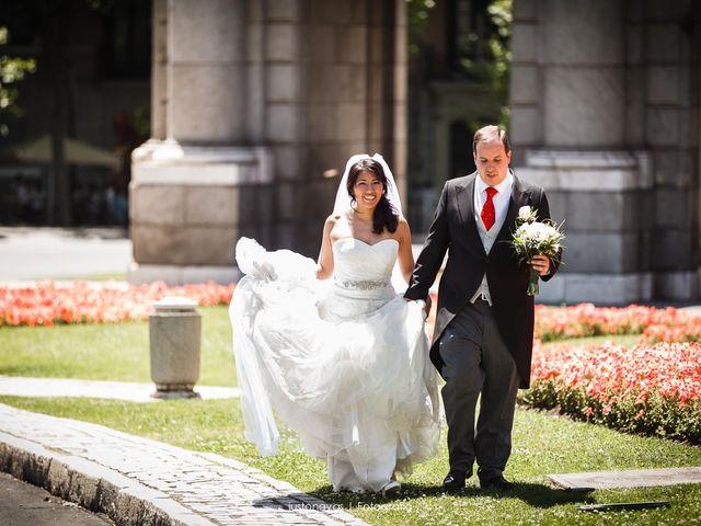 La boda de Eduardo y Maribel en Madrid, Madrid 24