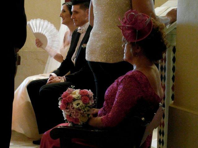 La boda de Carlos  y Saray  en Alcala De Guadaira, Sevilla 5
