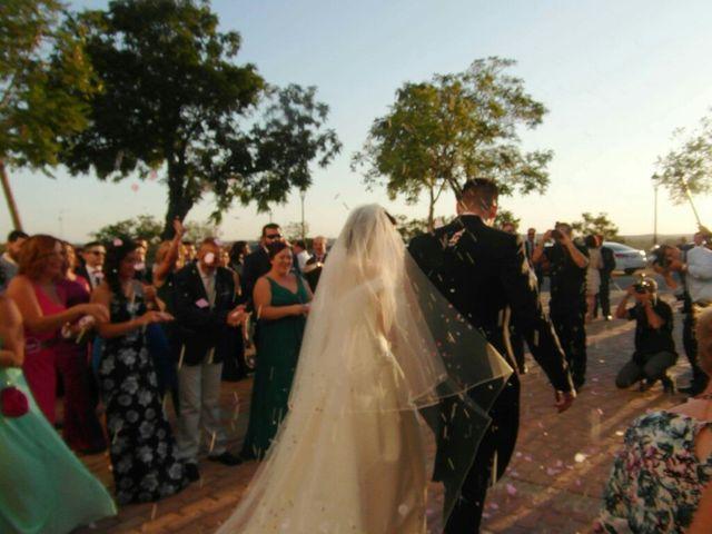 La boda de Carlos  y Saray  en Alcala De Guadaira, Sevilla 7