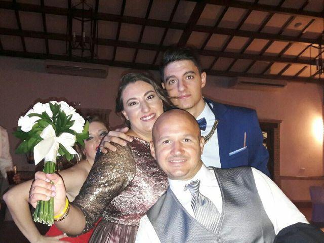 La boda de Carlos  y Saray  en Alcala De Guadaira, Sevilla 16