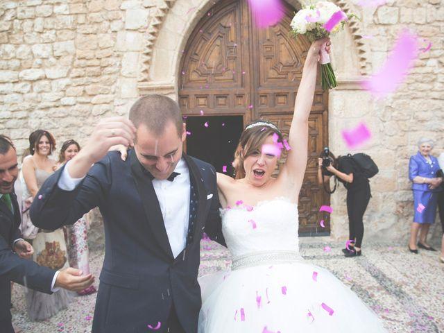 La boda de Jorge y Maria en Villanueva De San Carlos, Ciudad Real 31