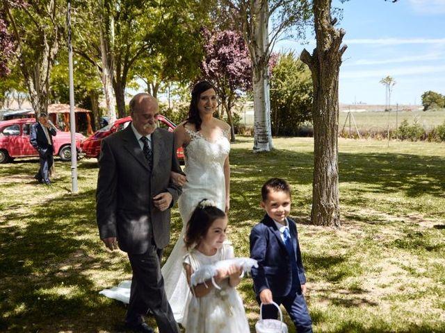 La boda de Roberto y Raquel en Burgos, Burgos 12