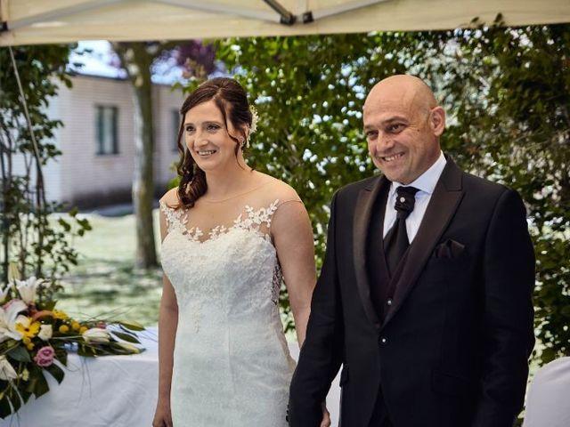 La boda de Roberto y Raquel en Burgos, Burgos 15