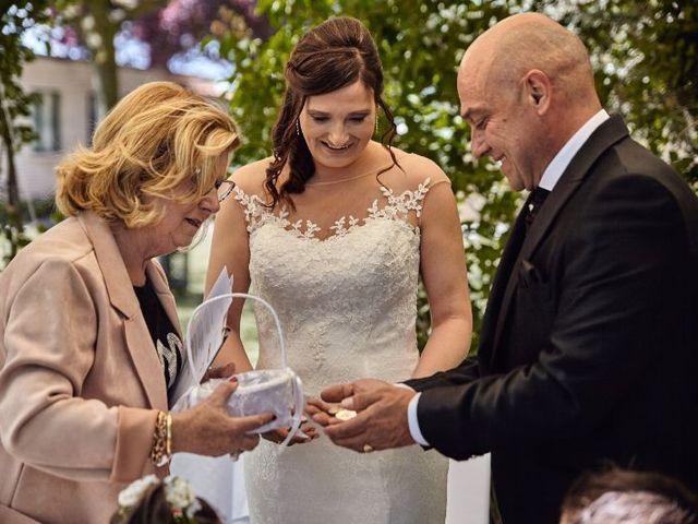 La boda de Roberto y Raquel en Burgos, Burgos 17